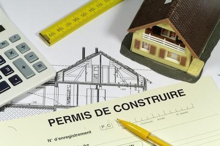 Vente et contrat de construction d'abris démontants